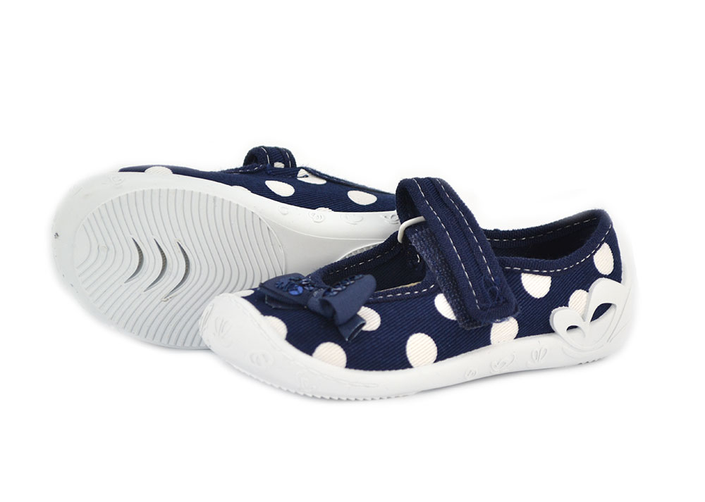 Táncsics vászon gyerekcipő - pöttyös - Vászoncipő 350991d168